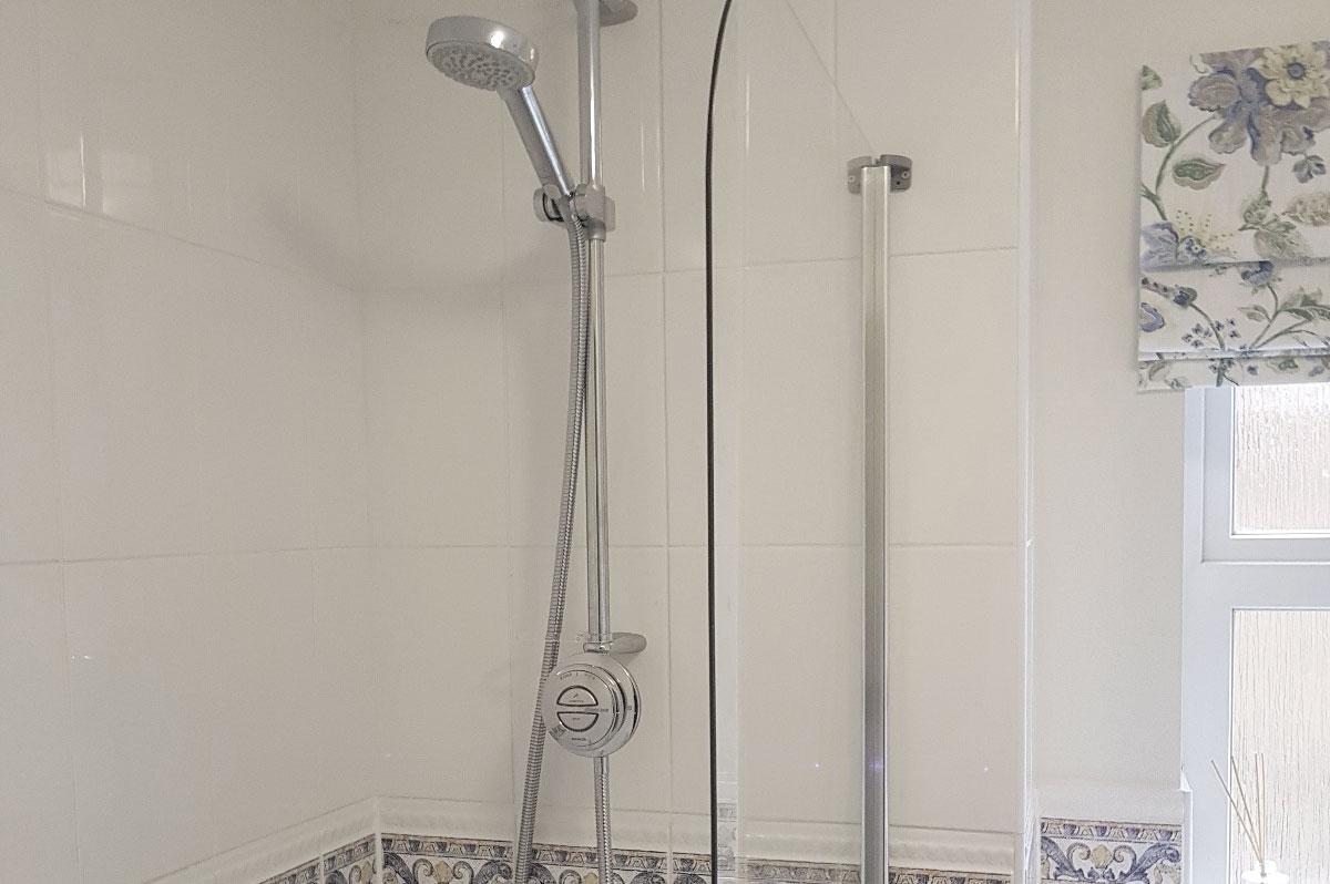 ls plumbing services-bathrooms